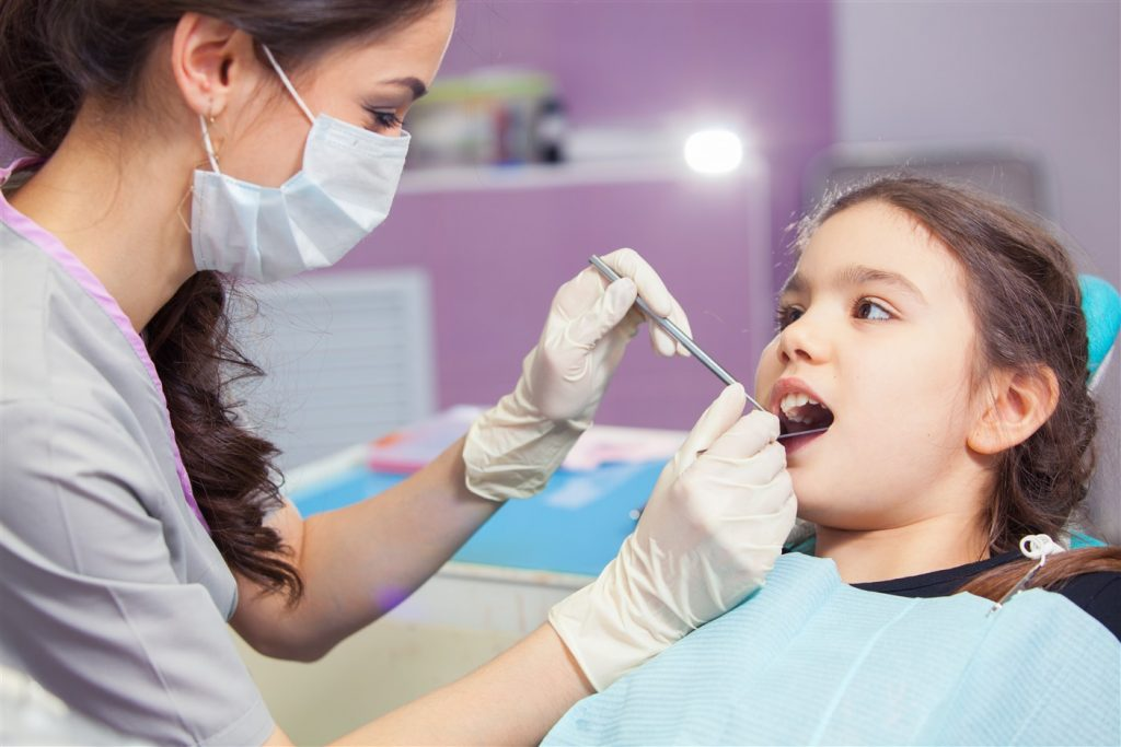 5 Why You May Require A Cosmetic Dentist